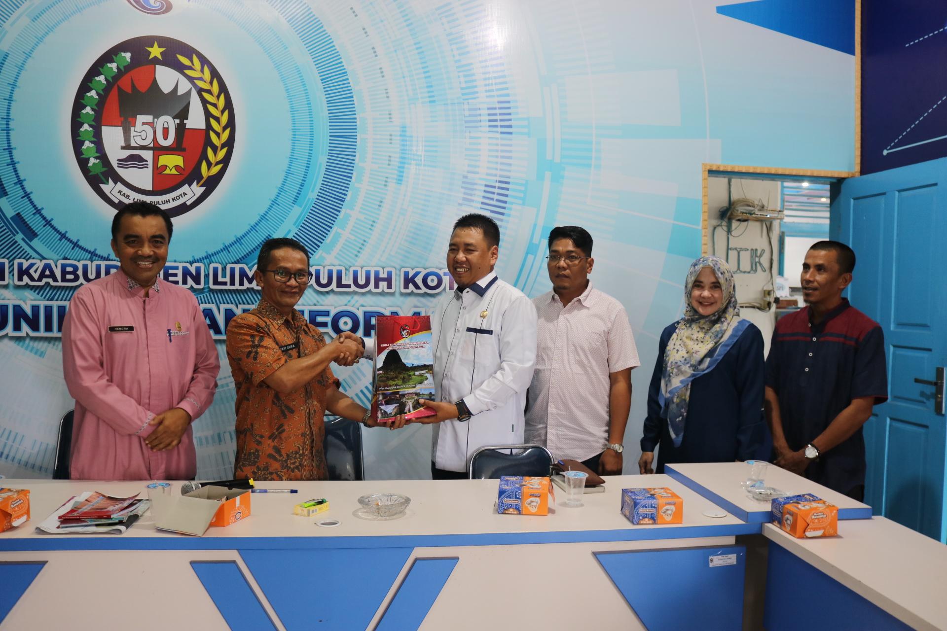 Komisi I DPRD Indragiri Hilir Lakukan Kunjungan Kerja ke Diskominfo Lima Puluh Kota